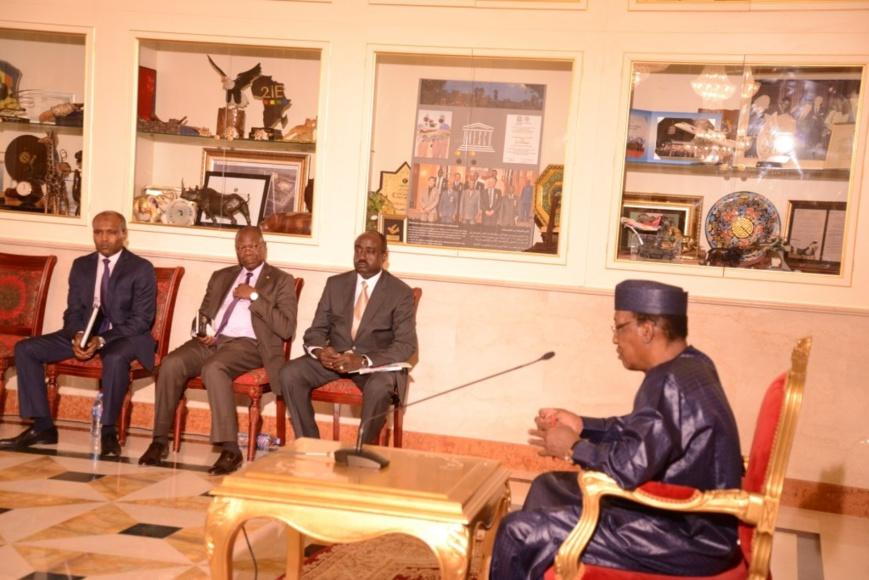 Le président Idriss Déby rencontre 89 responsables de l'opposition, jeudi 15 août à la Présidence. © PR