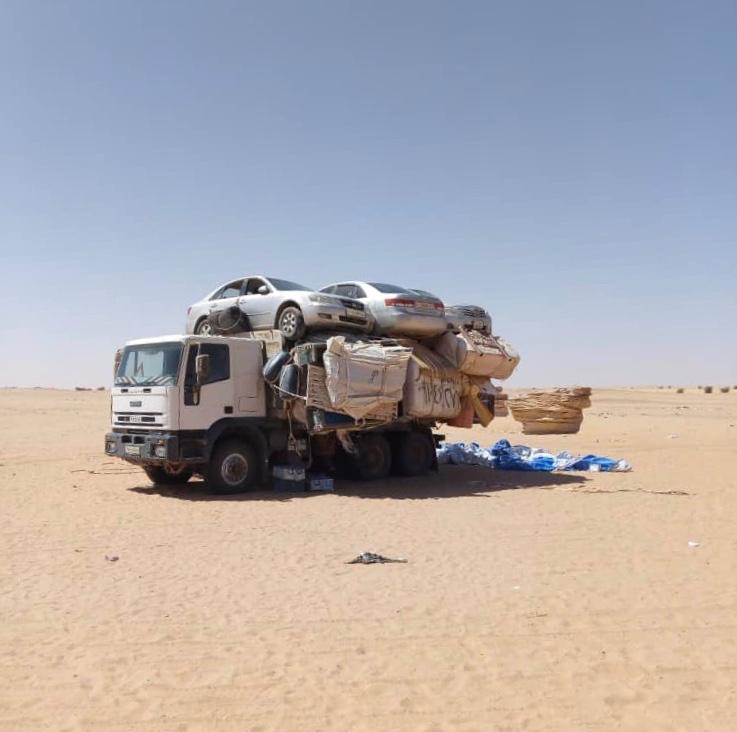 Un camion dans le désert de l'Ennedi au Tchad. ©DR/AI