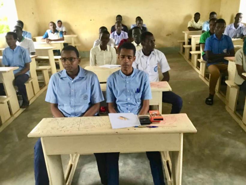Tchad : 78 candidats composent un concours de mathématiques. ©Alwihda Info