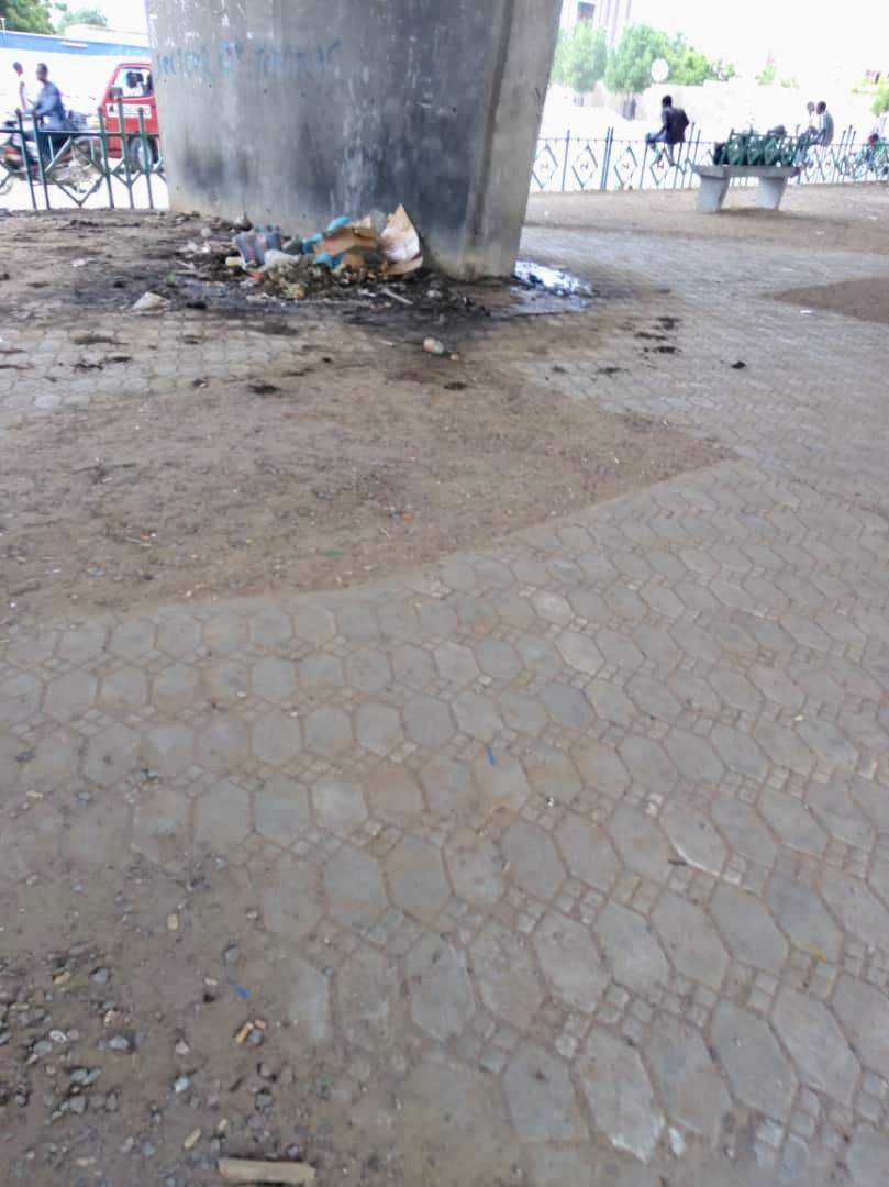 Tchad : sous les viaducs de N'Djamena, l'incivisme et l'insécurité. © Alwihda Info
