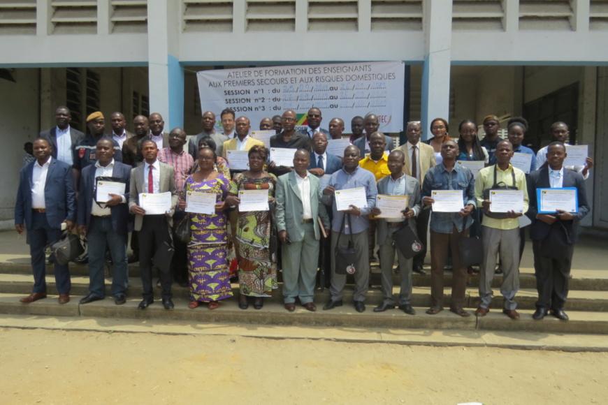 """Sécurité civile : La Fondation """"L'Envol"""" dote le Congo des premiers enseignants secouristes."""