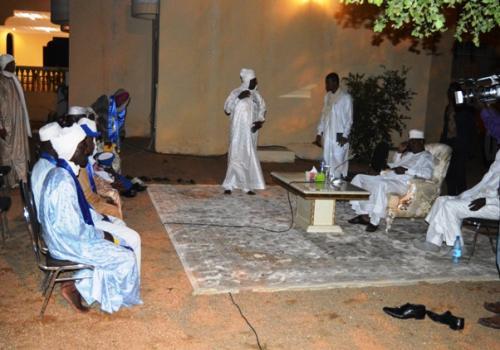 """Tchad : """"Je veux que vous soyez des chefs modèles"""", Idriss Déby. © Pr"""