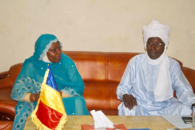 Tchad : la ministre de la Femme et de la Solidarité nationale à l'Est