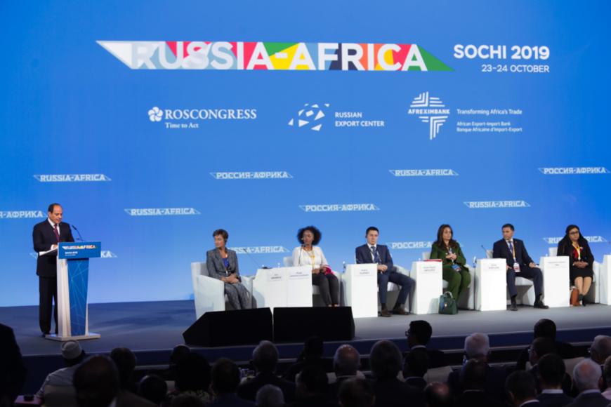 L'ouverture du sommet Russie -Afrique à Sotchi ( site : summitafrica.ru).