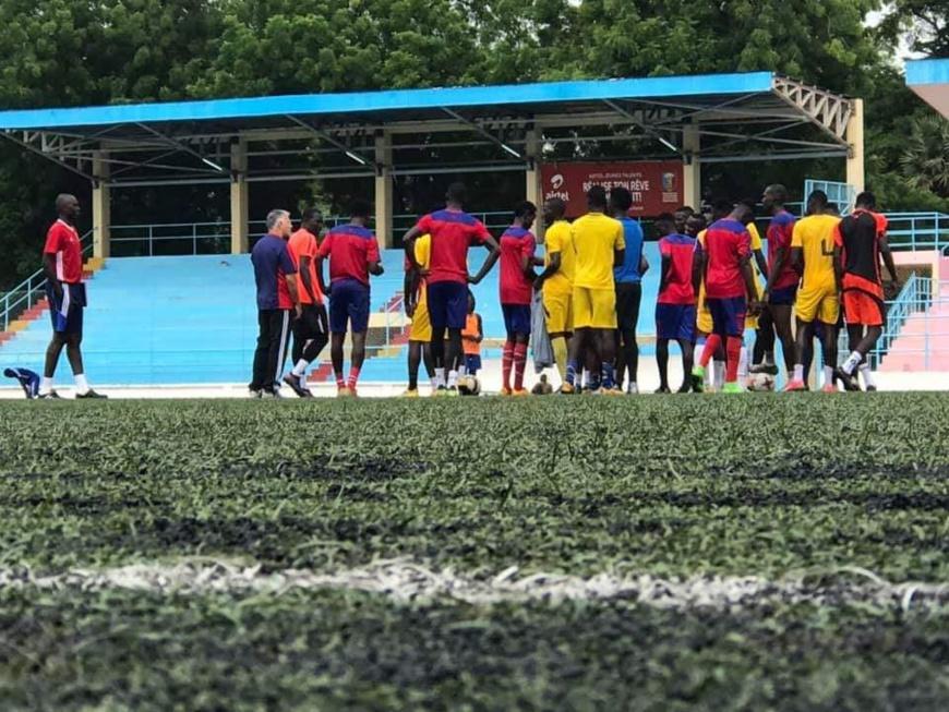 L'équipe des SAO lors d'un entrainement à N'Djamena. © DR/Sao du Tchad - Officiel/Facebook