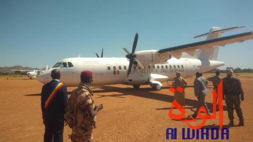 Tchad - état d'urgence : les ministres de la défense et de l'administration à Goz Beida (vidéo)