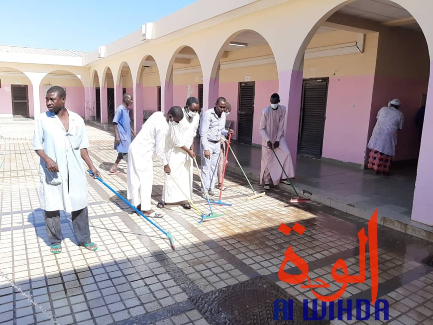 Tchad : une opération de salubrité à l'hôpital de la liberté
