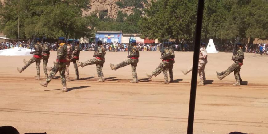 Des militaires défilent au Tchad lors de la journée du 1er décembre 2019. © Alwihda Info