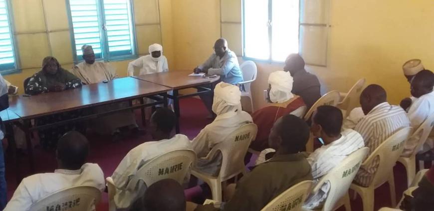 """Tchad : au Batha, l'opération """"École d'abord"""" incite à la scolarisation des enfants. © Alwihda Info/H.D.H."""
