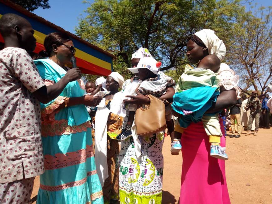 Une farine infantile fortifiée lancée à l'ouest du Tchad pour lutter contre la malnutrition. © Alwihda Info/Foka Mapagne