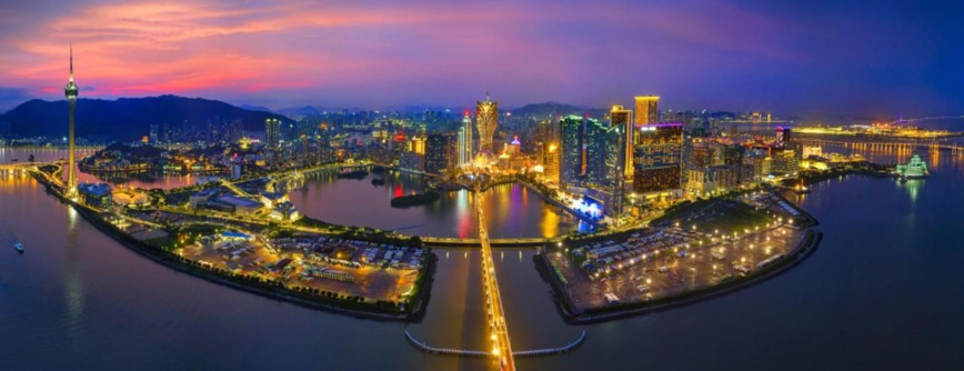 A night view of Macao. (Photo by Ma Zhixin, Courtesy of the Chinese Cultural Exchange Association)
