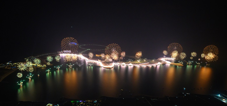 The spectacular Ras Al Khaimah New Year's Eve Gala that set two GUINNESS WORLD RECORDS™ titles (© AETOSWire)