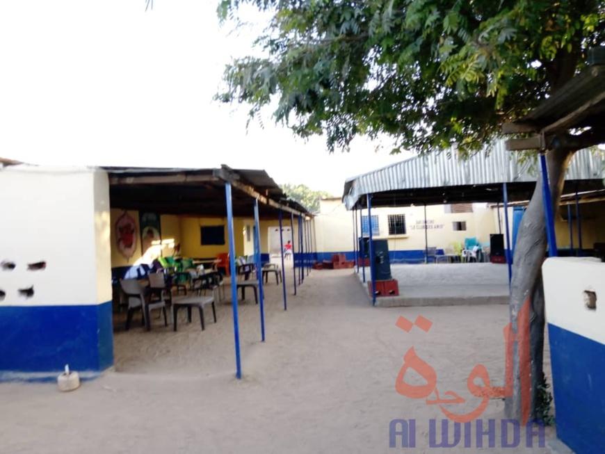 Un bar-restaurant à Gaz Beida, au Tchad. © Alwihda Info/M.I.G
