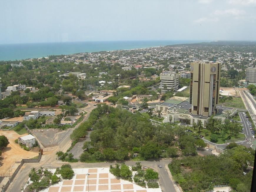Vue de la ville de Lomé au Togo. Illustration. © DR