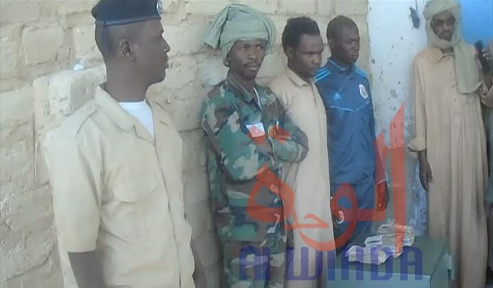 Tchad : deux arrestations à 150 km de Faya après le vol du coffre-fort d'un commerçant. © Alwihda Info/Abdoulaye Akim