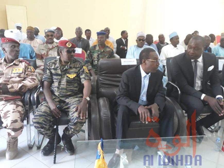 """Tchad : """"le Ouaddaï vient de sortir d'une période assez sombre de son histoire"""" (gouverneur Ramadan Erdebou). © Abba Issa/Alwihda Info"""