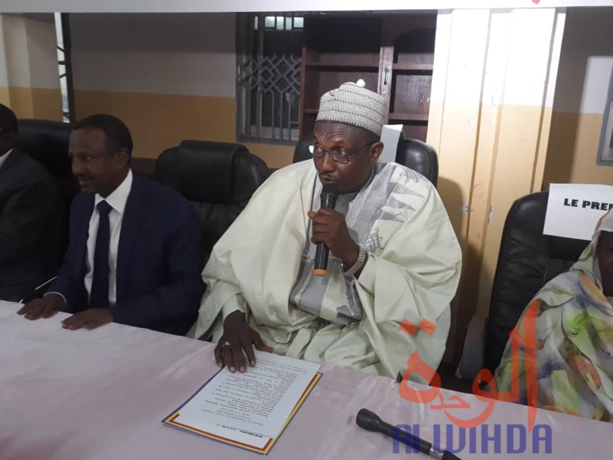 Tchad : des universitaires dénoncent le comportement des jeunes sur Internet. © Abba Issa/Alwihda Info