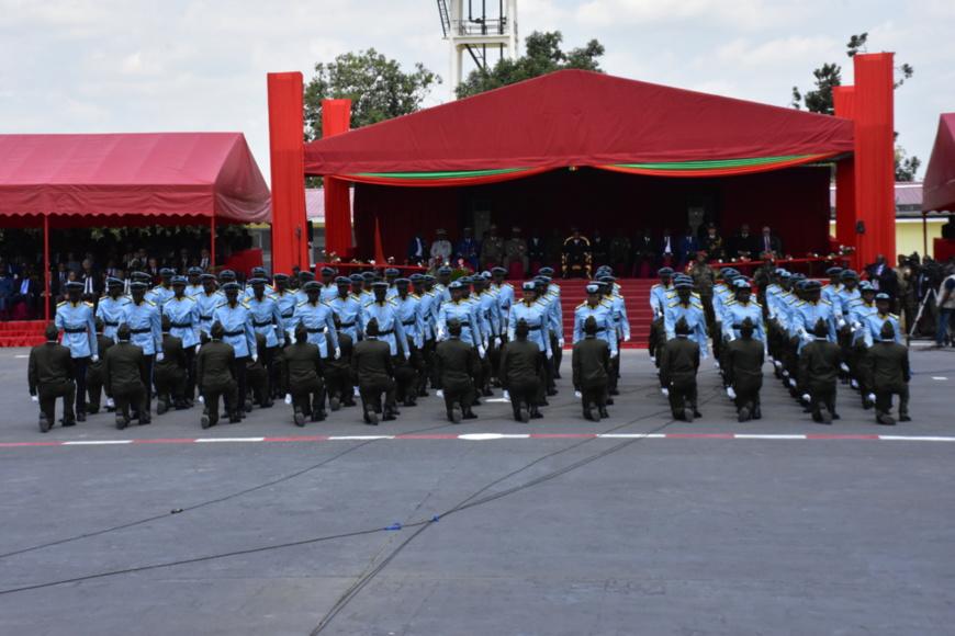 Une vue de la cérémonie de prise d'armes.