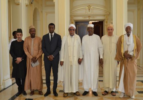 Tchad : le khalife général de la confrérie Tidjania reçu à la Présidence. © PR