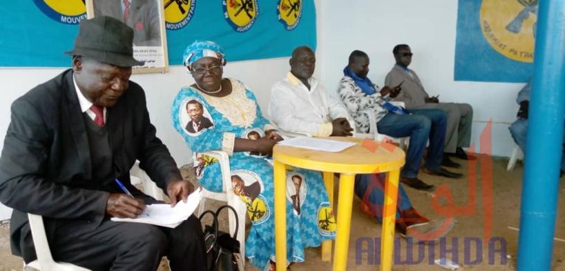 Tchad : la députée MPS Fatimé Tchombi face aux militants de la Tandjilé Est. © Éric Guedi/Alwihda Info