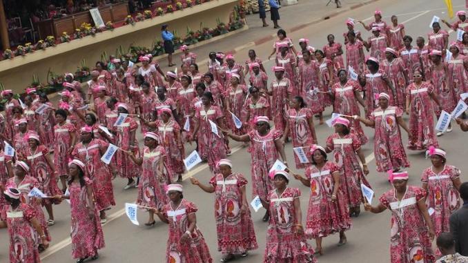 Des femmes lors d'une défilé du 8 mars pour la Journée internationale des droits des femmes. Illustration. © DR