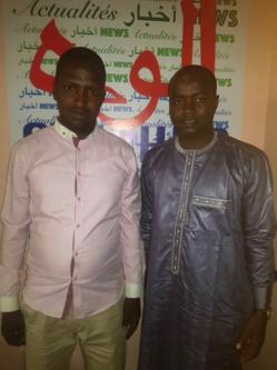 Le président du Parti Réformiste, Yacine Abdramane Sakine, et le directeur de publication d'Alwihda Info, Djimet Wiche, au siège du journal, le 10 mars 2020. © Alwihda Info