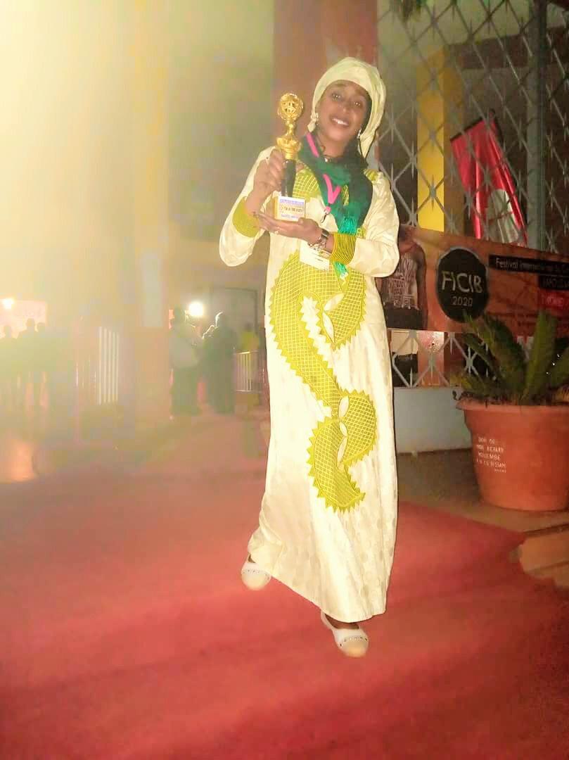 Une réalisatrice tchadienne rafle le prix spécial du cinéma indépendant de Bafoussam. © DR