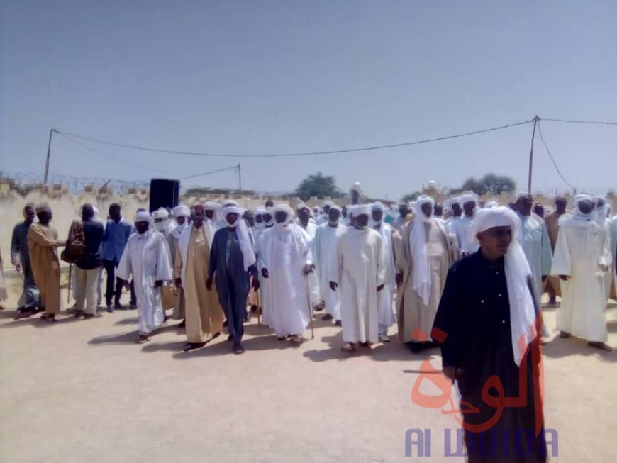 Des chefs de tribus arabes à Abéché en 2019, lors d'une visite au nouveau sultan du Ouaddaï. © Alwihda Info