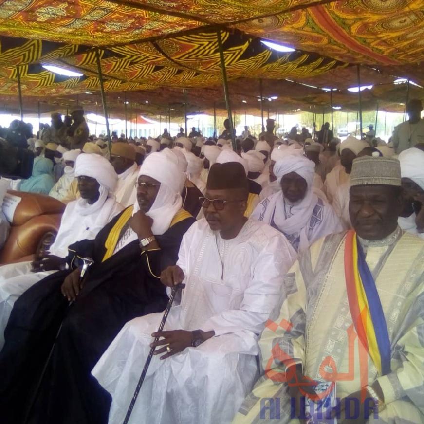 """Tchad - Intronisation du sultan du Ouaddaï : une """"journée historique"""", se félicite Ahmat Bachir. © Abba Issa/Alwihda Info"""