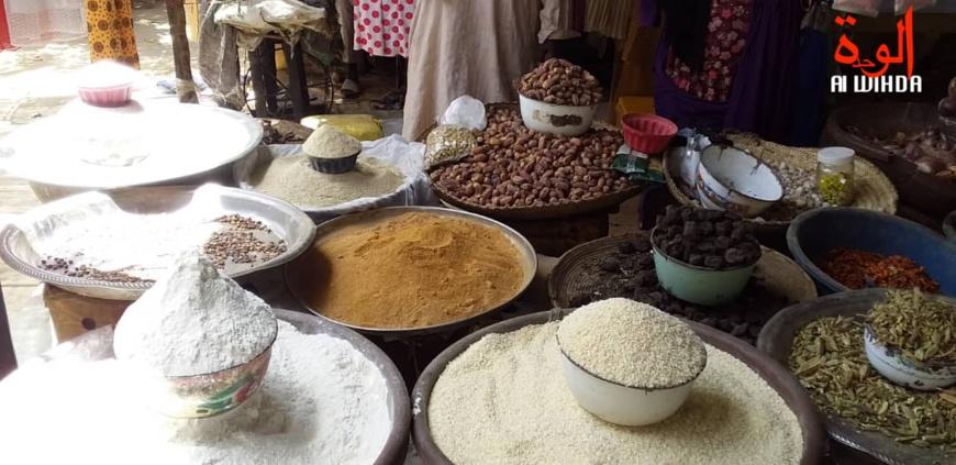 Des produits alimentaire exposés dans un marché au Tchad. © Hassan Djidda Hassan/Alwihda Info