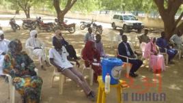 Tchad - Covid-19 : la stratégie du porte-à-porte pour sensibiliser. © Hassan Djidda Hassan/Alwihda Info