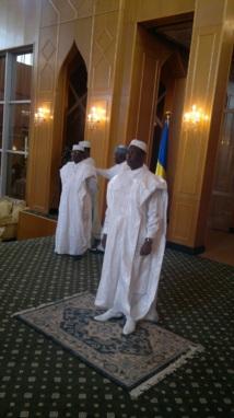 Le chef du gouvernement, Emmanuel Nadingar reçevant les voeux des personnalités politiques à la presidence de la république. Crédits photos : Alwihda/SA
