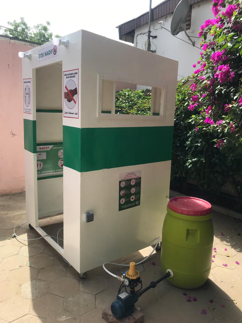 Covid-19 : un jeune tchadien conçoit une cabine de désinfection