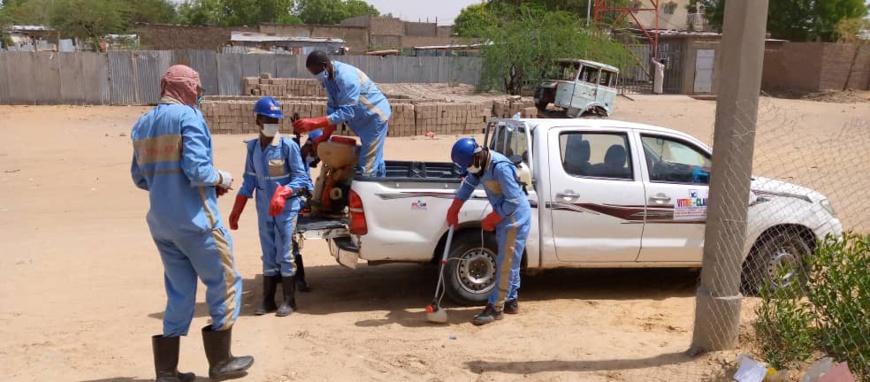 Tchad : Covid-19 et désinfection, Vitre Clair en première ligne des actions citoyennes. © Mahamat Abdramane Ali Kitire/Alwihda Infi