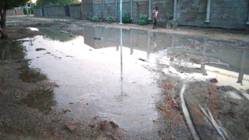 Tchad : après la pluie, N'Djamena renoue avec les inondations. © Kelvin Djetoyo/Ben Kadabio/Alwihda Info