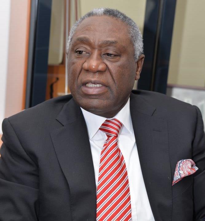 Cameroun/  Samuel Mvondo Ayolo: la fierté du peuple Ekang