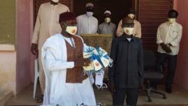 Tchad - Covid-19 : un millier de masques offerts à deux lycées d'Ati. ©Hassan Djidda Hassan/Alwihda Info