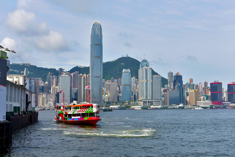 A vessel heads for the Star Ferry Pier at the Victoria Harbour, Hong Kong, July 27, 2019. Photo by Duan Changzheng/People's Daily online