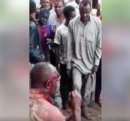 Tchad : un militaire lynché à N'Djamena après avoir tué un garagiste avec une arme. © Capture d'écran/Vidéo amateur