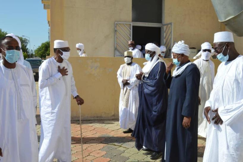 Tchad : le chef de l'État a pris part à la prière de l'Aïd à la grande mosquée de N'Djamena
