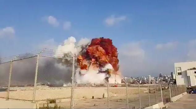 Liban : deux puissantes explosions ont secoué la capitale Beyrouth mardi. ©Capture d'écran/Vidéo amateur