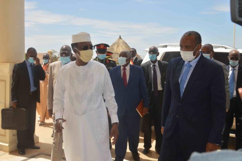 Tchad : Le président Déby a reçu le n°1 soudanais à Amdjarass