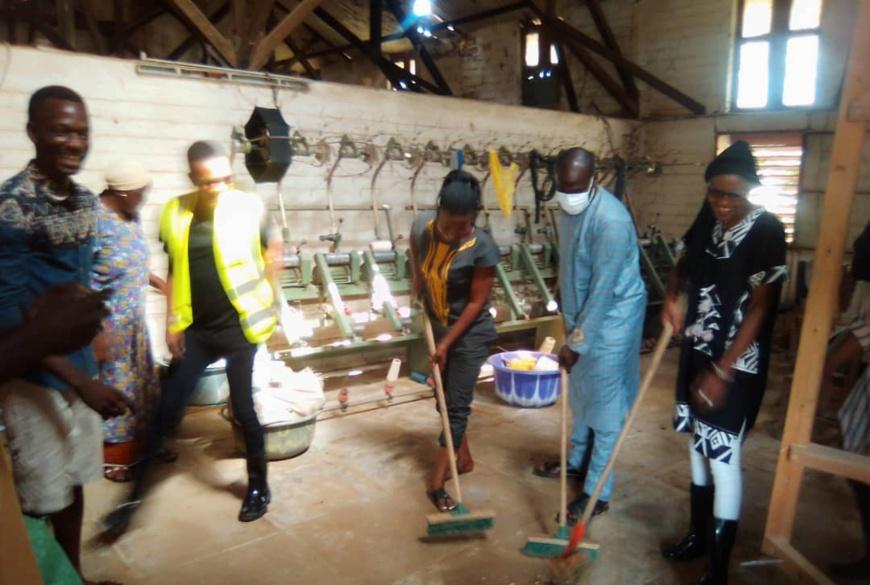 Tchad : des entrepreneurs mobilisés pour le centre de tissage féminin de Farcha