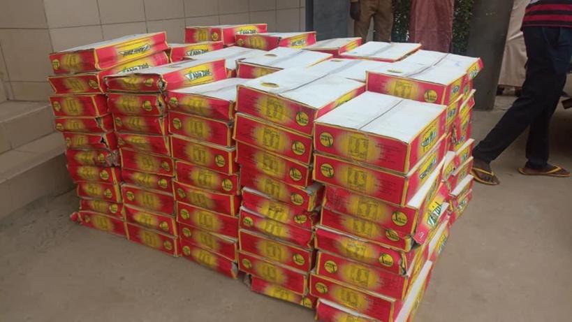 Tchad : les Émirats Arabes Unis offrent 400 cartons de dattes au ministère de la santé