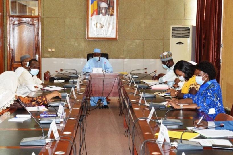 Tchad : 6.000 diplômés doivent être intégrés avant la fin d'octobre, instruit le président
