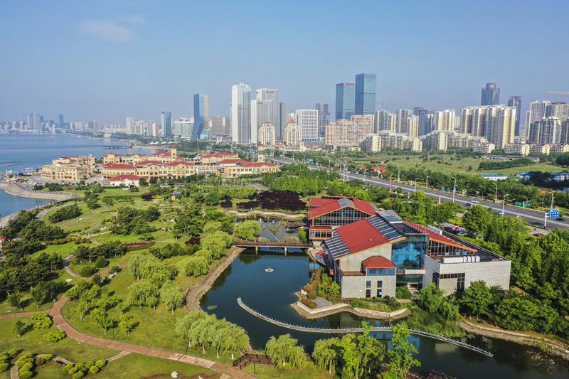 Photo taken on June 7, 2019 shows beautiful scenery of Xihai'an (West Coast) New Area of Qingdao, east China's Shandong Province. Photo by Han Jiajun, People's Daily Online