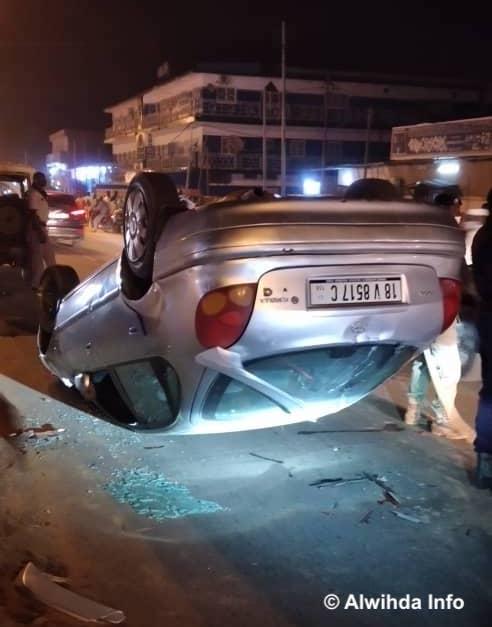 N'Djamena : un automobiliste perd le contrôle de son véhicule et le renverse en pleine rue