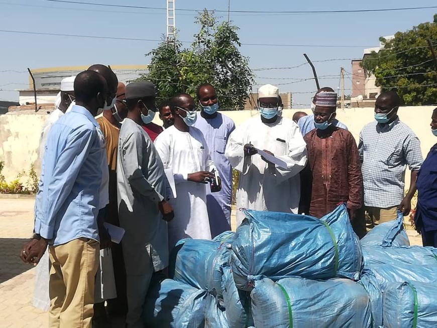 Tchad : le PNLP octroie 10.000 moustiquaires pour la population de N'Djamena. ©Ali Moussa/Alwihda Info