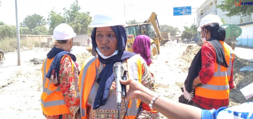 Tchad : des femmes ingénieurs aménagent des rues à N'Djamena pour faciliter la circulation. © Ben Kadabio/Alwihda Info
