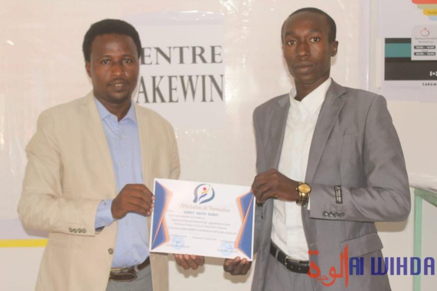 Tchad : le centre Takewin forme des jeunes en leadership et prise de parole en public. © Ben Kadabio/Alwihda Info